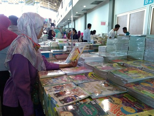 The Big Bad Wolf Book Sale Surabaya