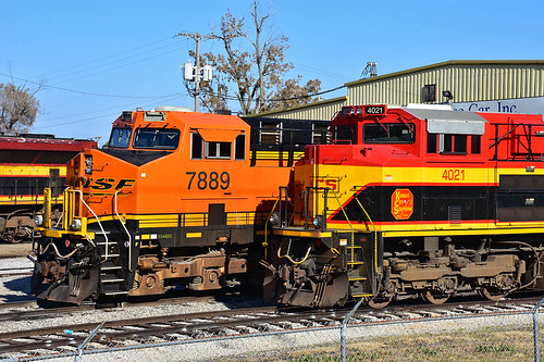 Bnsf 7889 kansas city another close up of bnsf 7889 for Mid city motor world used cars