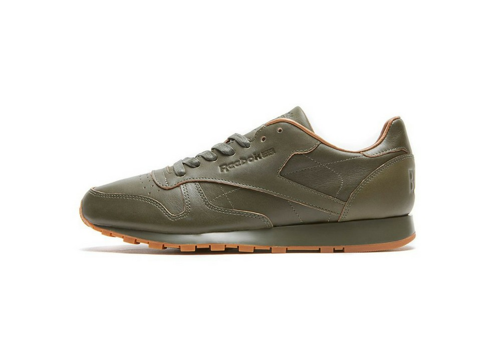 732e57de58fcd Kendrick-Lamar-x-Reebok-Classic-Leather-Lux-Red-and-Blue-S…