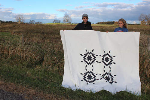 prairie stars quilt with my lovely helpers | by dorathy