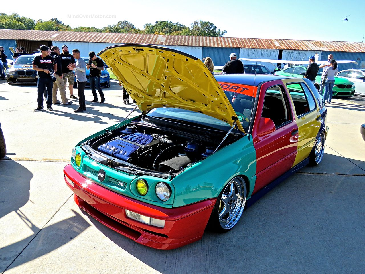First Class Fitment VW Harlequin