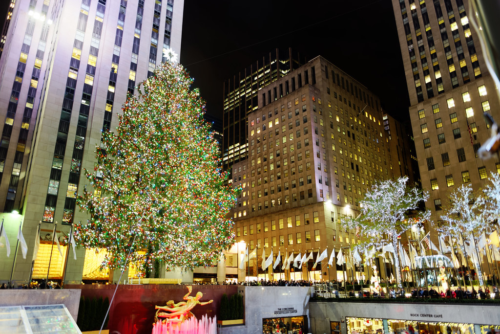 ... Rockefeller Center Christmas Tree 2016 | by Michael Vadon - Rockefeller Center Christmas Tree 2016 The Rockefeller Cen… Flickr