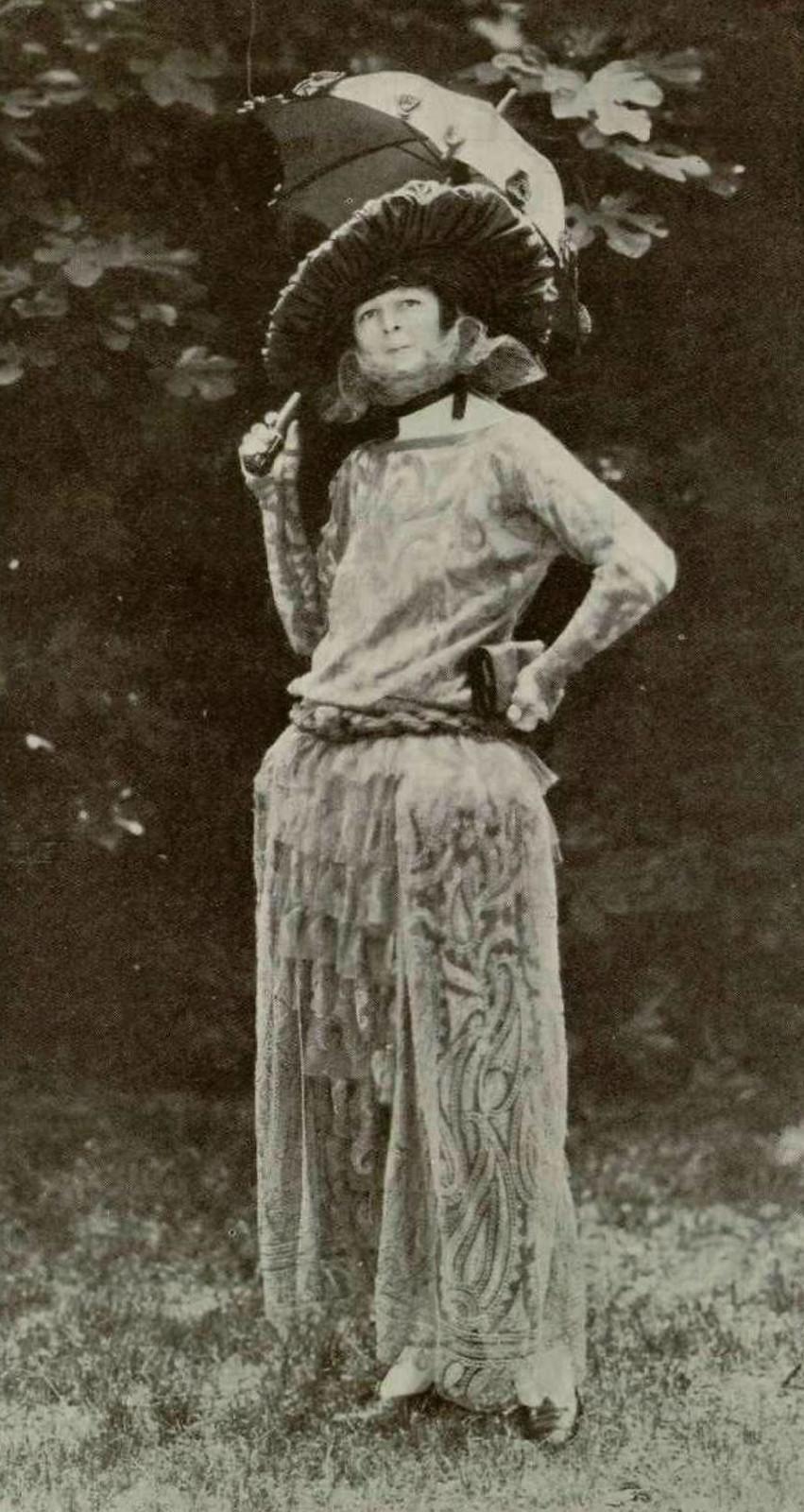 Rode de style, 1923