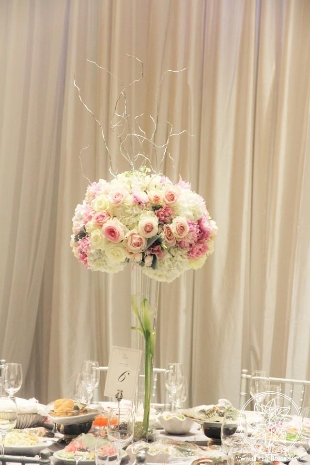 White Pink Flowers Tall Wedding Centerpiece White Pink Ros Flickr