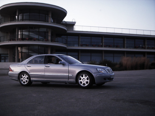 2003 mercedes benz s500 w220 1 18 diecast by maisto flickr for Mercedes benz s500 2003