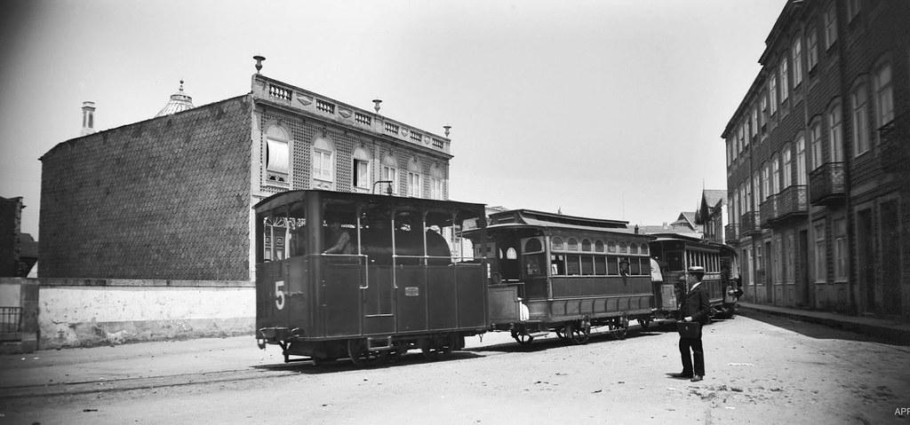 A máquina chegando a Cadouços, c.1900