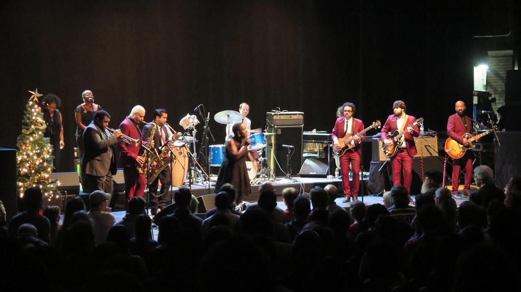 sharon jones & the dap-kings - sharon jones, binky griptit… | flickr