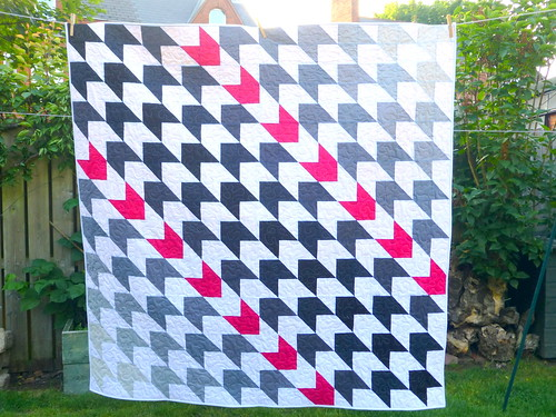 Houndstooth Quilt for LPQ (Nov16) | by Just Jude Designs