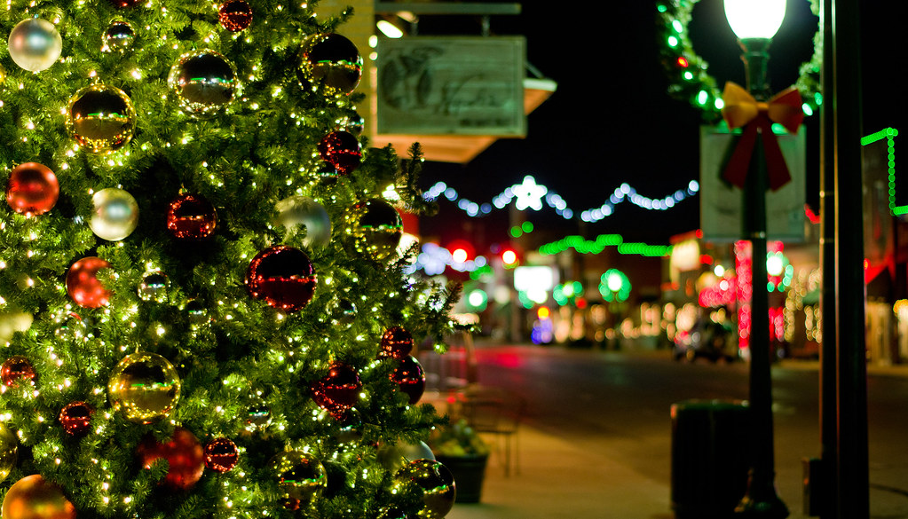 https://www.grapevinetexasusa.com/christmas-capital-of-texas/