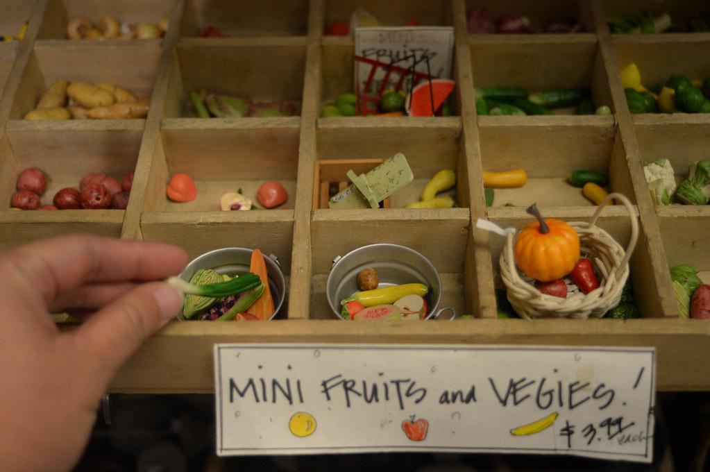 miniature ceramic fruits & veggies