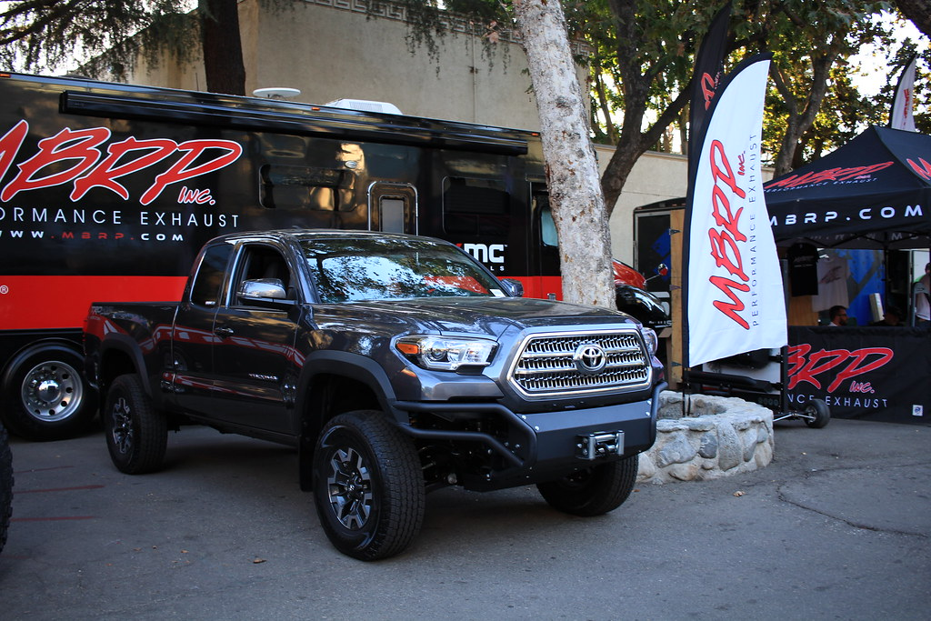 3rd gen mbrp front modular bumper tacoma world off road expo 10012016 mozeypictures Images