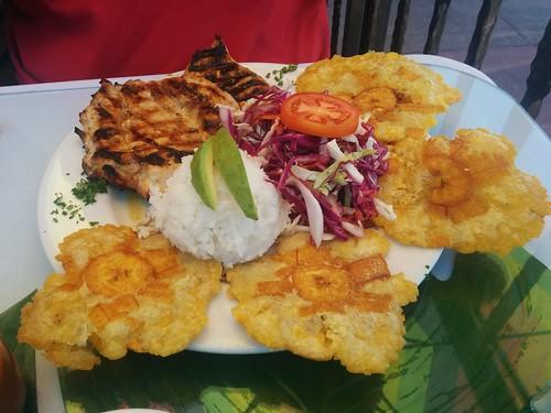 San Clemente (California) | La colombiana | Pollo asado