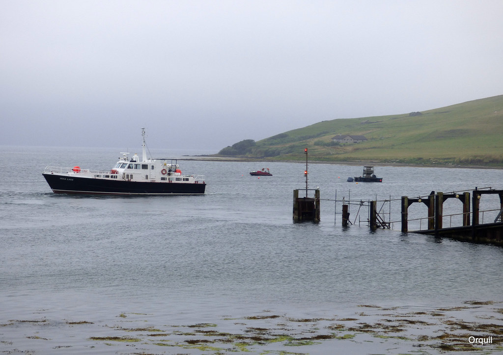 the hoxa lass departing houton on a disappointingly grey a flickr