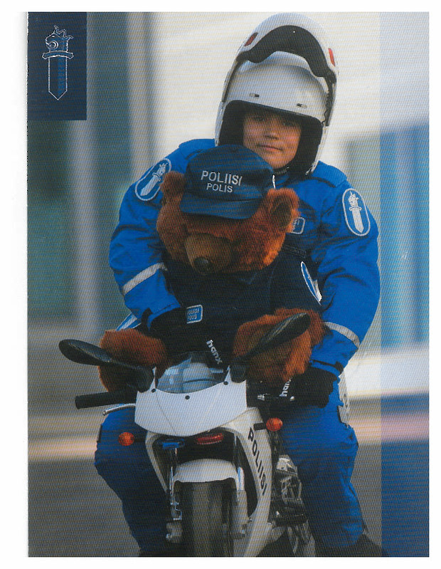 Police - Finland - with bear - from mindee