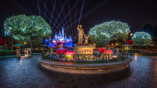 Walt and Mickey at Christmas | by Justin in SD