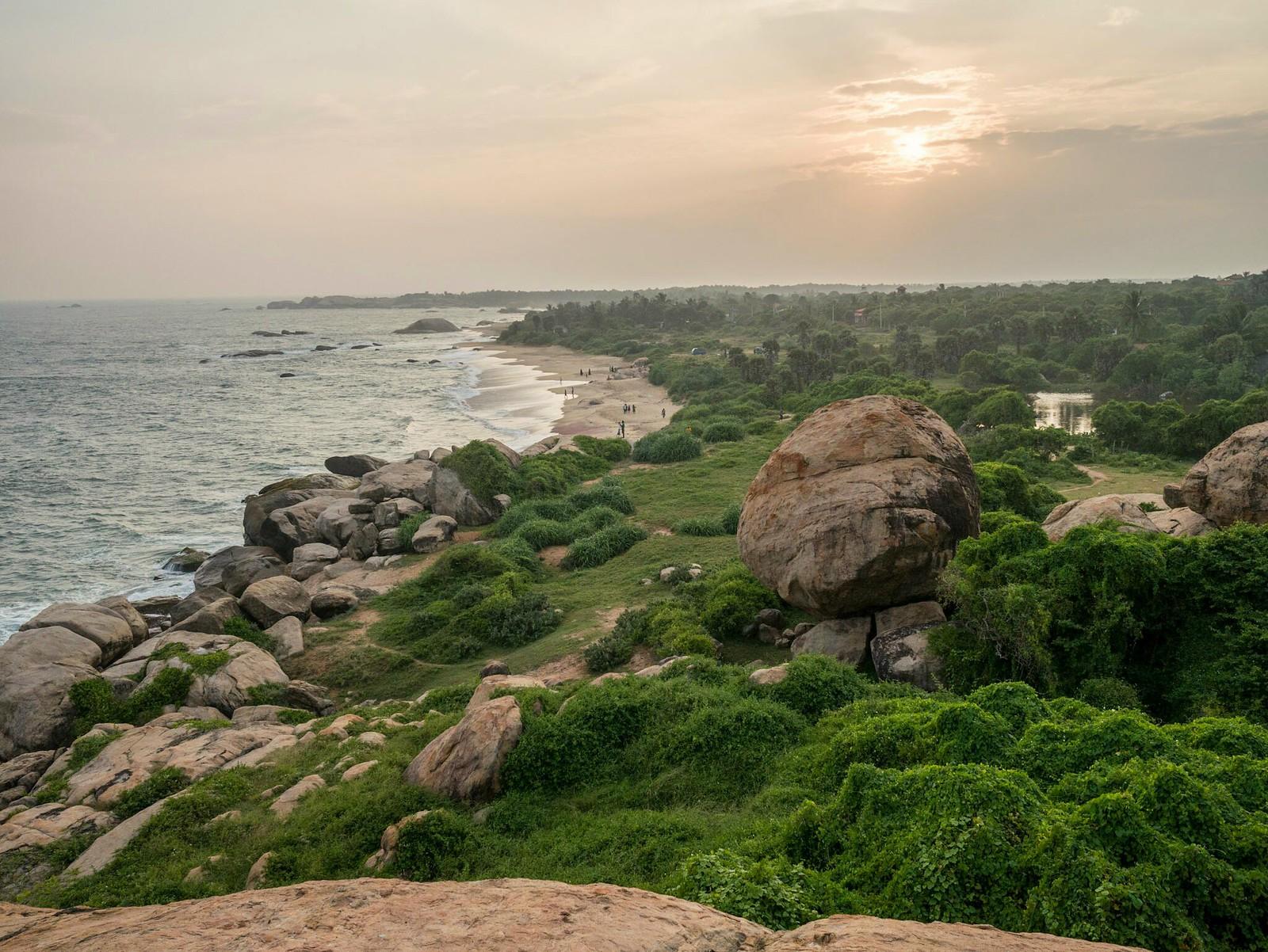 Kirinda Beach (Kirinda, Sri Lanka)