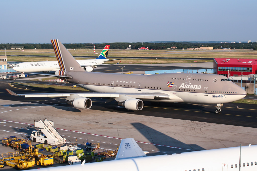747 in FRA - Page 10 30488150720_63d76a2049_o