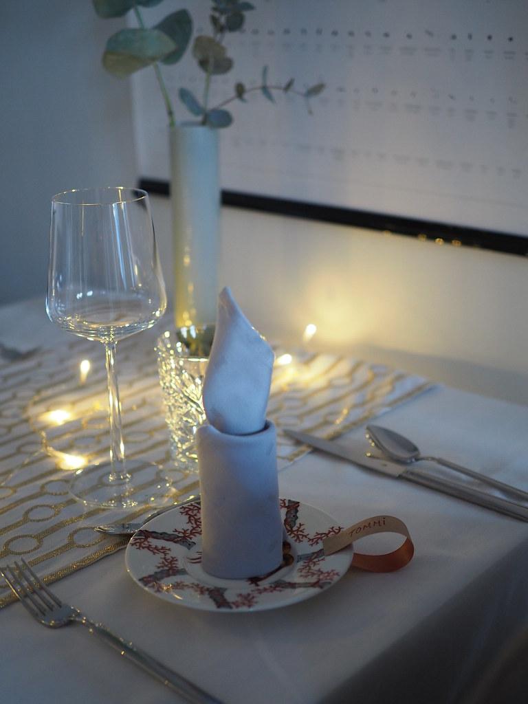 servetistä kynttilä