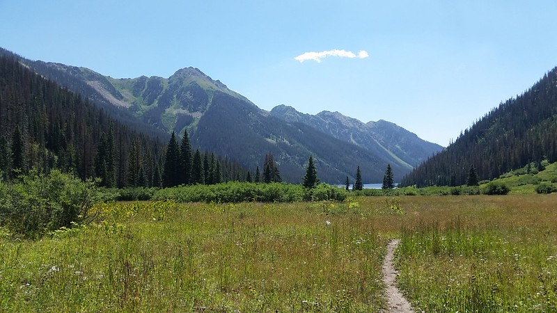 Looking at Emerald Lake and Peaks 12495, 12275, 12284, and 12282