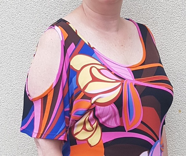 Kwik Sew 3880 in knit from The Cloth Shop Ivanhoe