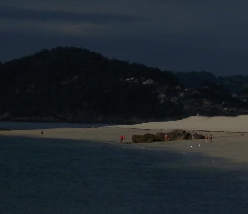 Día oscuro en la segunda playa