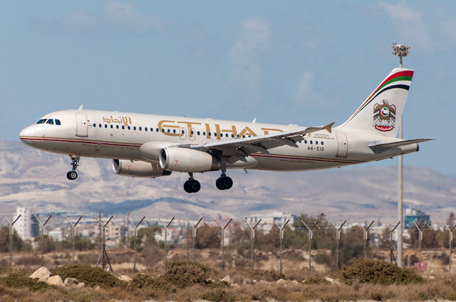 A6-EIG - Etihad Airways - Airbus A320-200