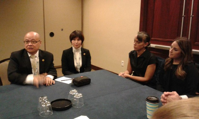 2016-11-10 與華爾街日報的代表會談 (1)
