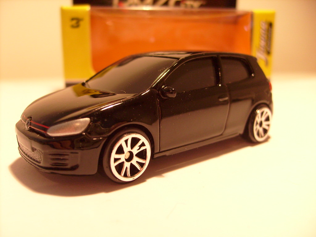 RMZ CITY VW GOLF MK6 GTI 1 64