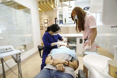 板橋絕美牙醫讓難搞的爸爸終於願意接受植牙治療,還讓爸爸整天笑嗨嗨! (9)