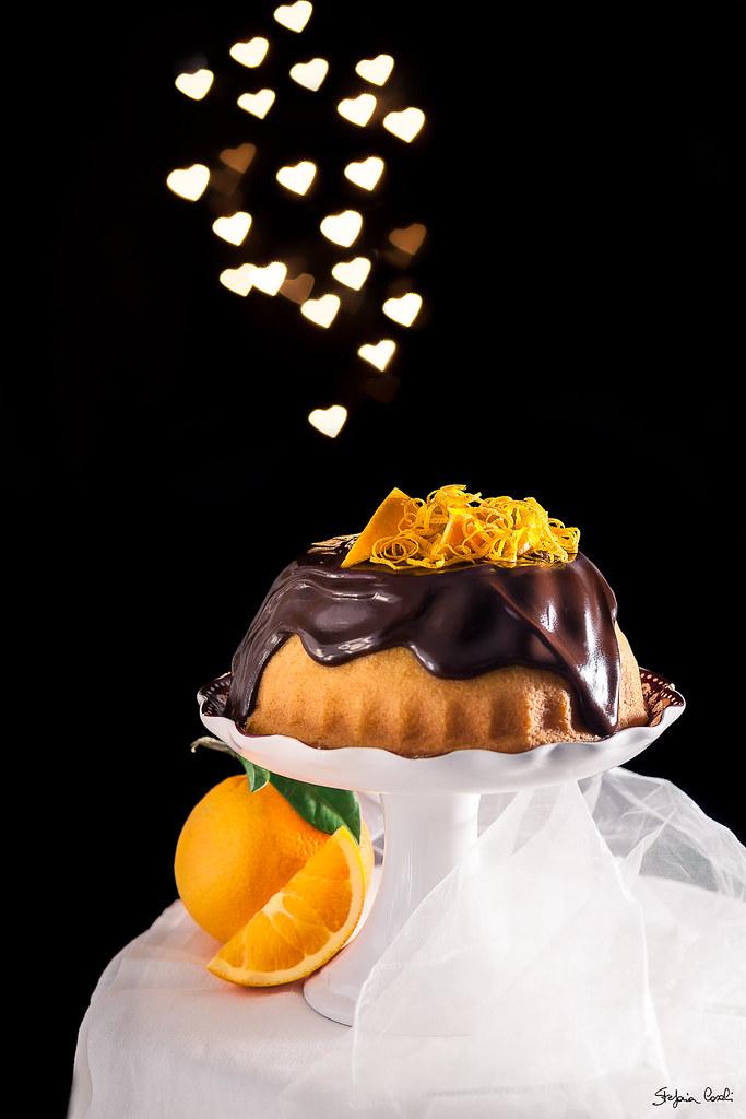 Ciambella all'arancia con ganache al cioccolato