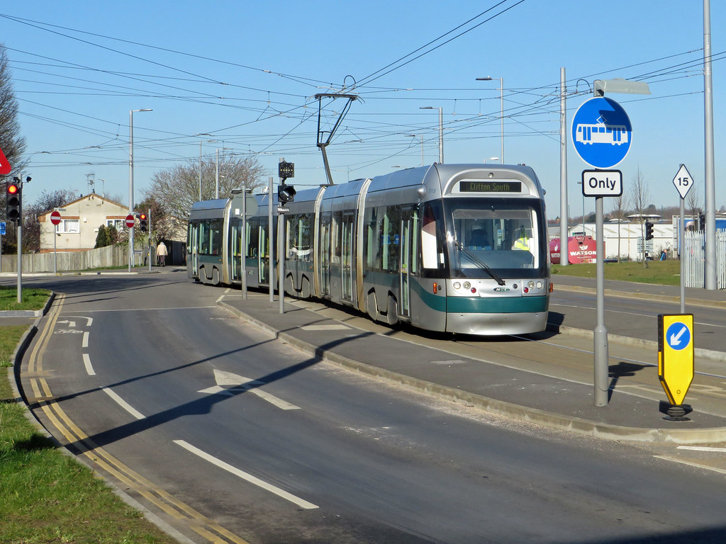 nottingham express transit incentro at5/6 tram no. 212 run… | flickr