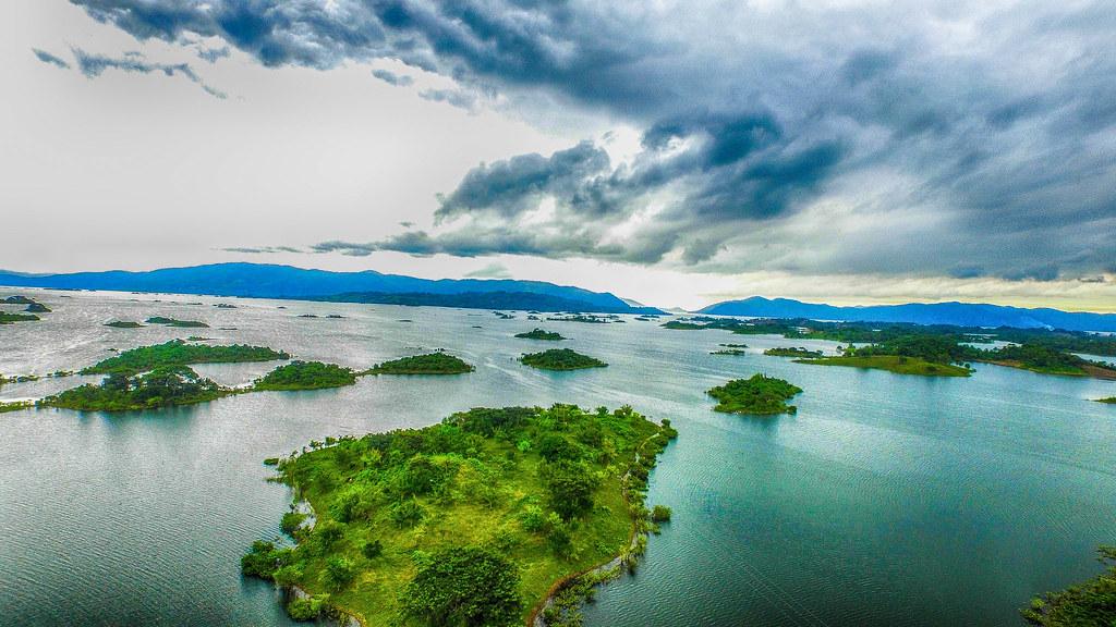 Vista desde arriba de las Mil Islas de San Pedro Ixcatlán