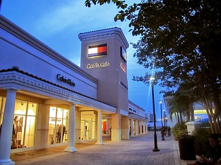 Orlando International Premium Outlets | by miosotisjade