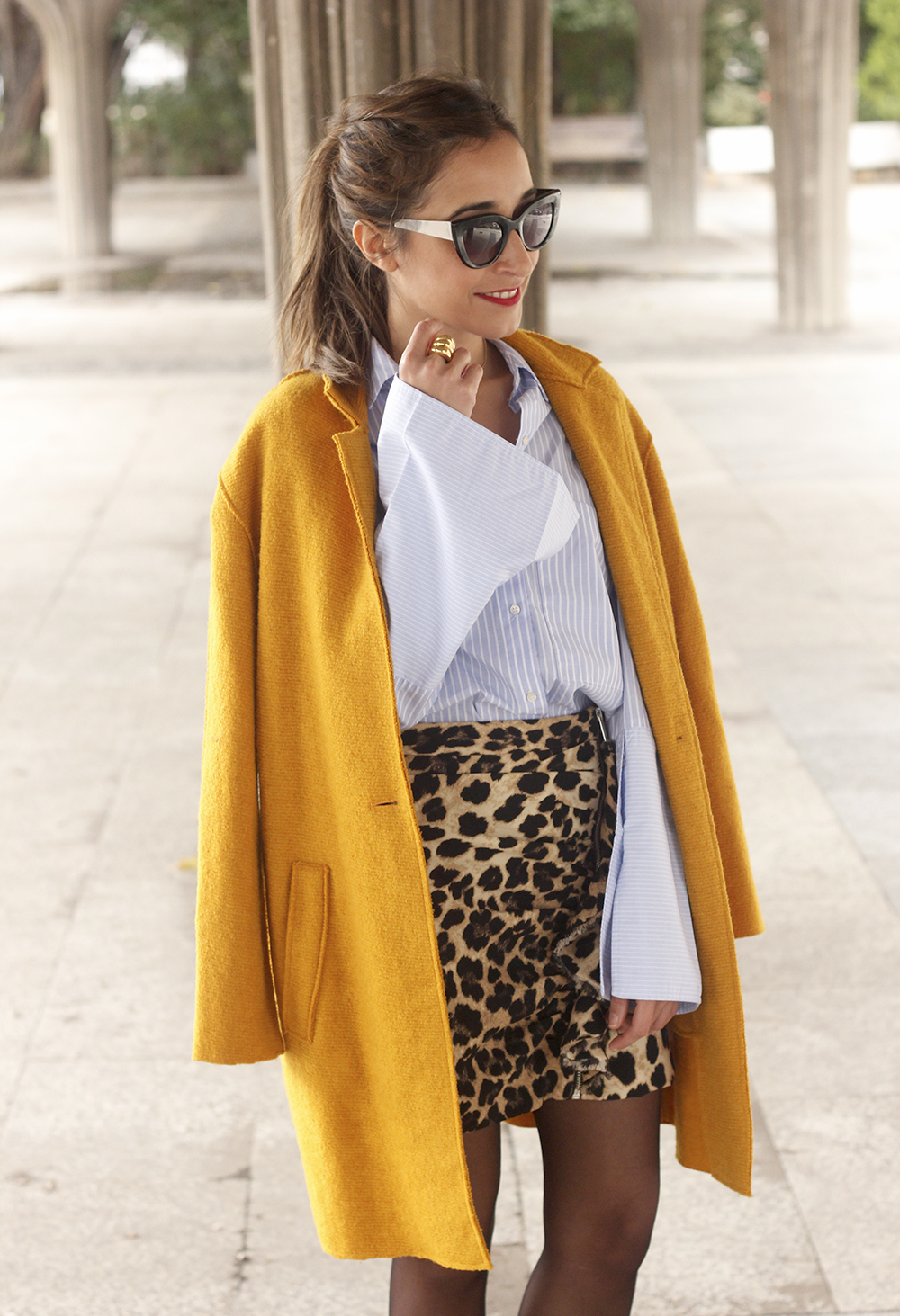 Leopard Skirt striped shirt black heels mustard coat fall outfit style fashion15