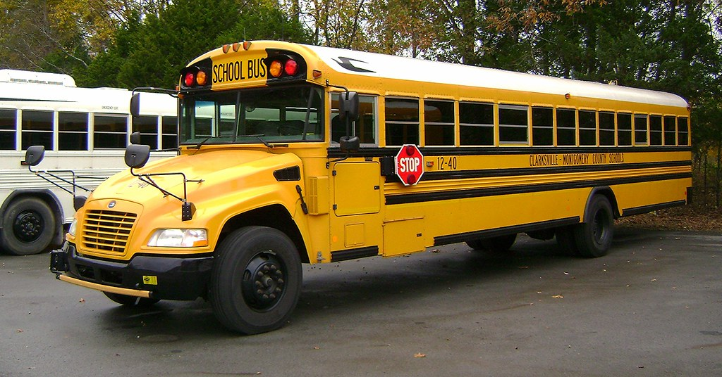 ... TENNESSEE BLUE BIRD BUS - CLARKSVILLE MONTGOMERY COUNTY SCHOOLS | by  Georgia Blue Bird
