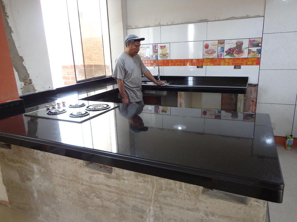 Encimera Cocina Granito Negro Absoluto + Isla | Encimeras de… | Flickr