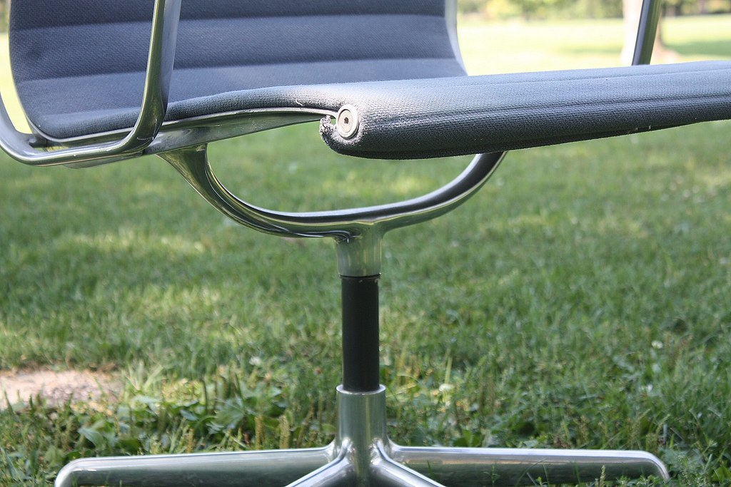 ... Worthy Charles And Ray Eames Aluminum Group Management Chairs For Herman  Miller | By Kennyk@