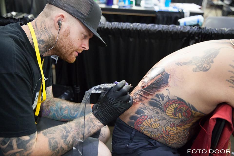 2015 photos by rod black foto door flickr for Hawaii tattoo expo