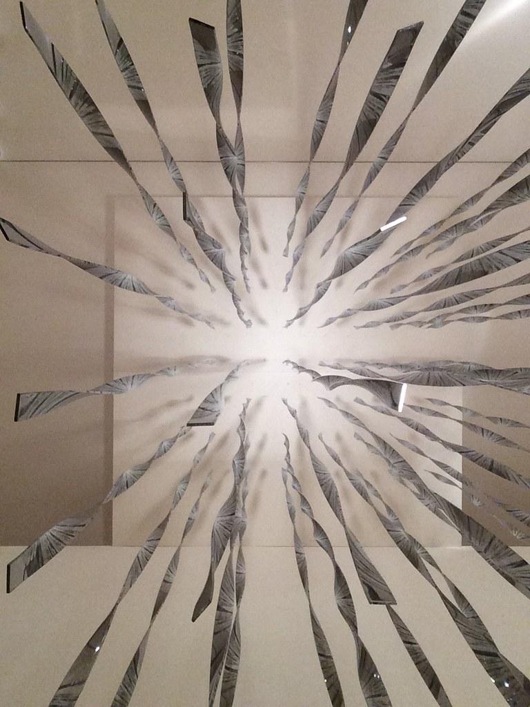 Lichtgitter in Raum