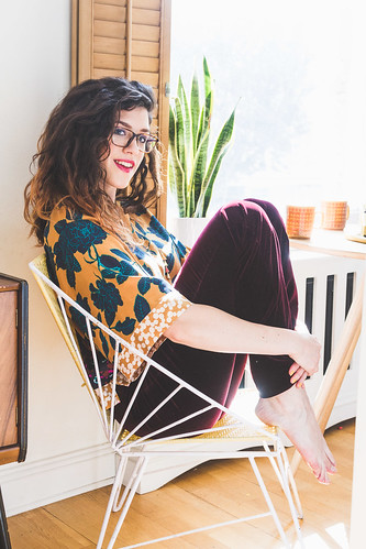 boden ICONS collection seventies style outfit at home | by ShinyThoughts