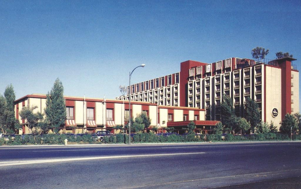 Le Baron Hotel - San Jose, California