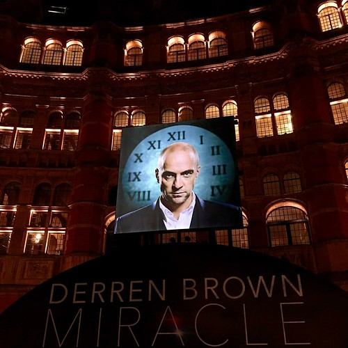It's Derren o'clock #derrenbrown #miracle #palacetheatre #london