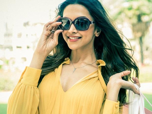 Deepika Padukone Vogue 2016: Gorgeous Deepika Padukone Vogue Eyewear 2016 Photoshoot