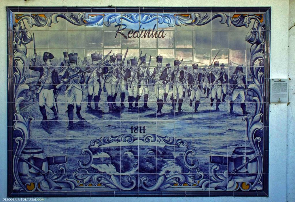 Ces azulejos représentent la bataille de Redinha, à l'époque des guerres napoléoniennes