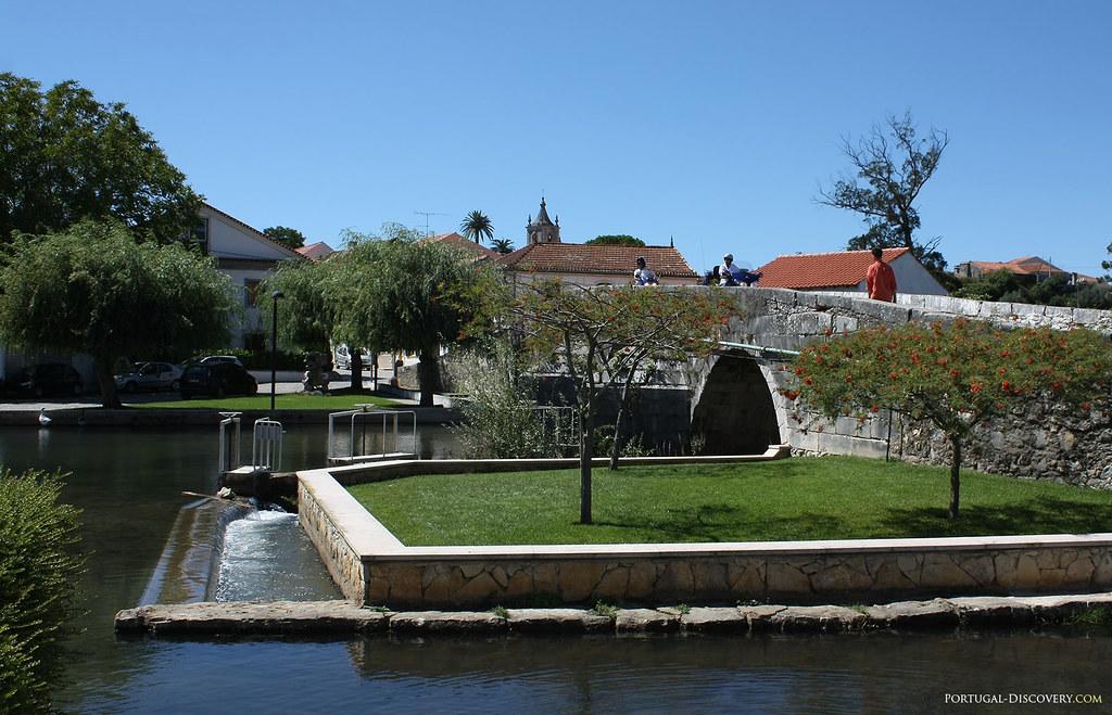 Le Pont roman, permettant de traverser le Anços, un affluent de l'Arunca