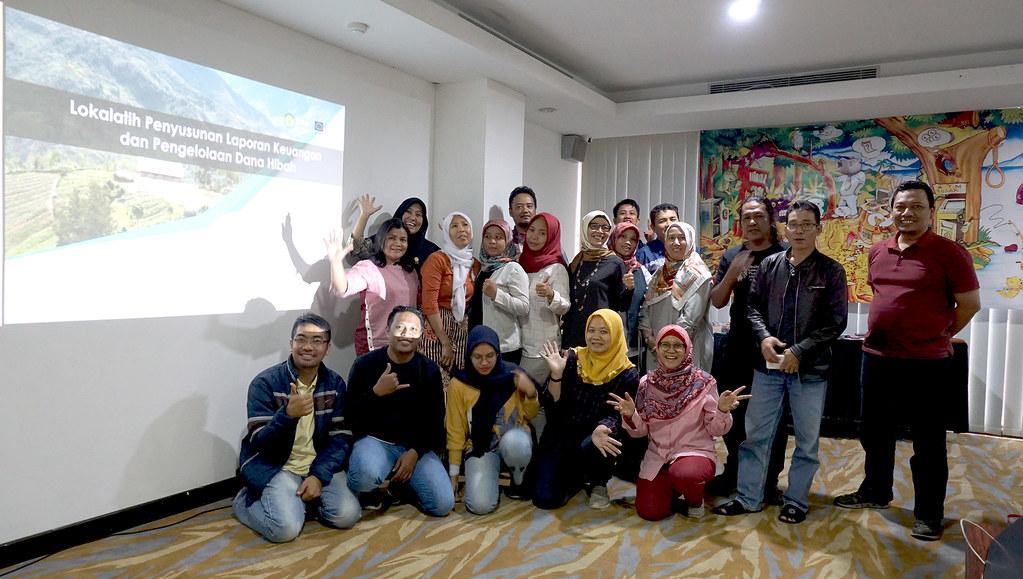 Lokalatih Penyusunan Laporan Keuangan dan Pengelolaan Dana Hibah-batch 2