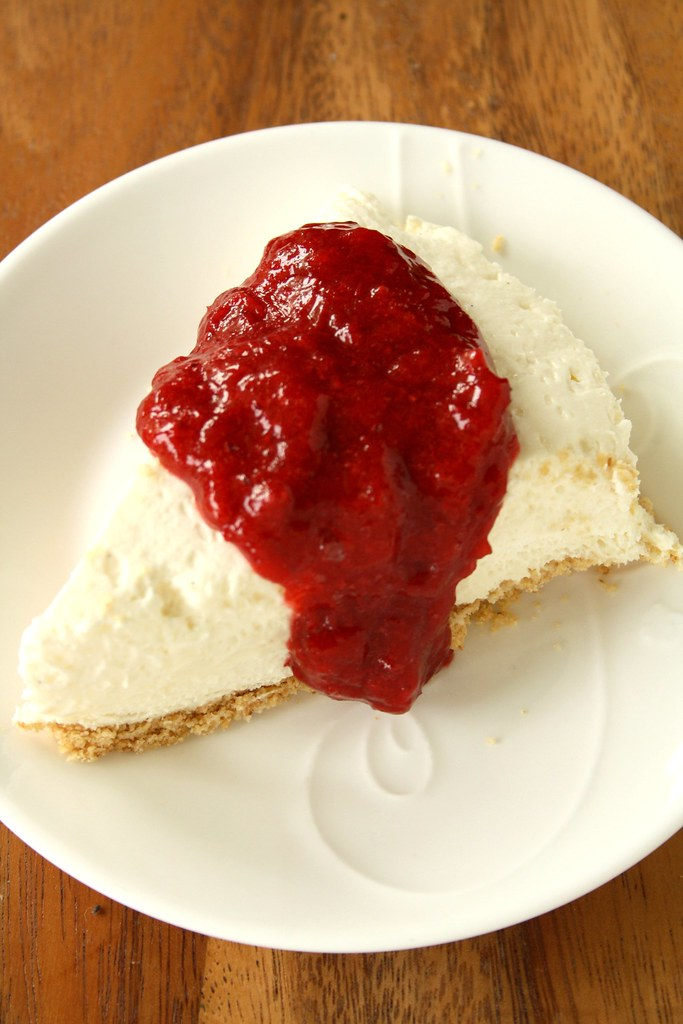 No-Bake Low-Fat Strawberry-Rhubarb Cheesecake | Draped in a ...