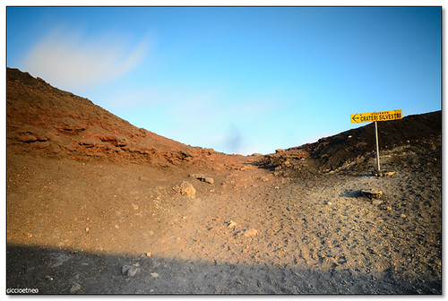 Silvestri Craters, Rifugio Sapienza -  Follow the arrow please! | by ciccioetneo