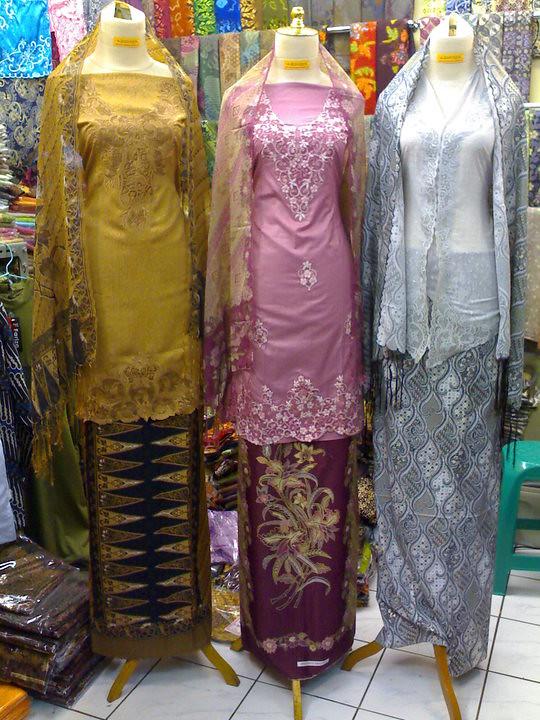 05082011 Set Kurung Jaguar Cotton Kebaya Rubiah Kain