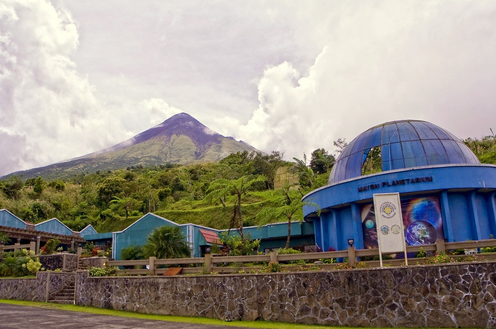 Mayon Volcano | as seen from the Mayon Rest House (Mayon ...